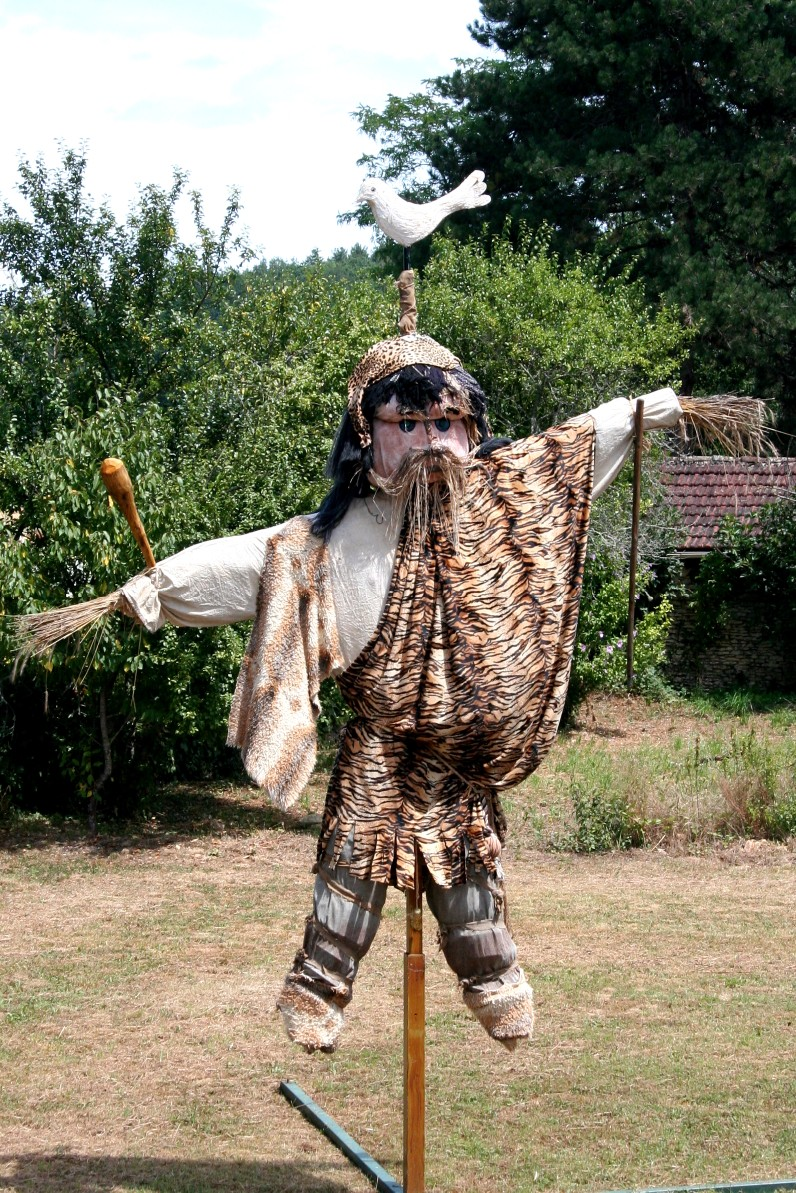 scarecrow at meyrals festival