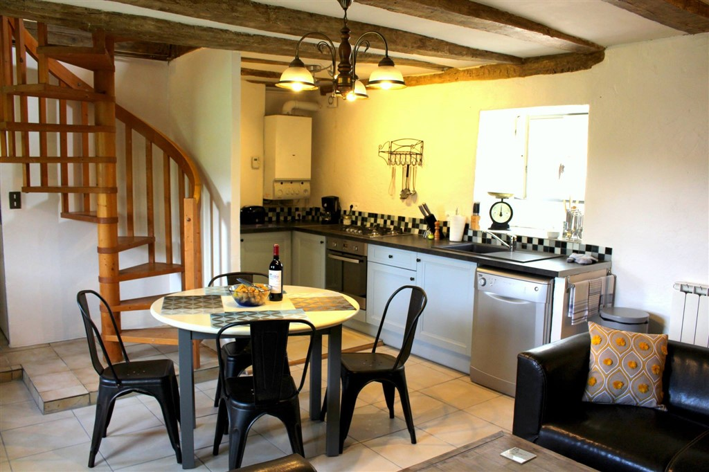 French gite with fully equipped kitchen
